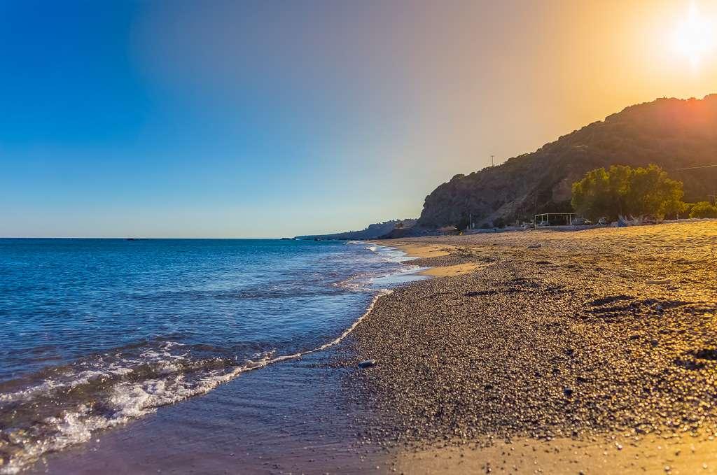 korakas beach rodakino